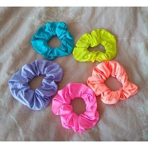 AE Neon scrunchies 5 pack